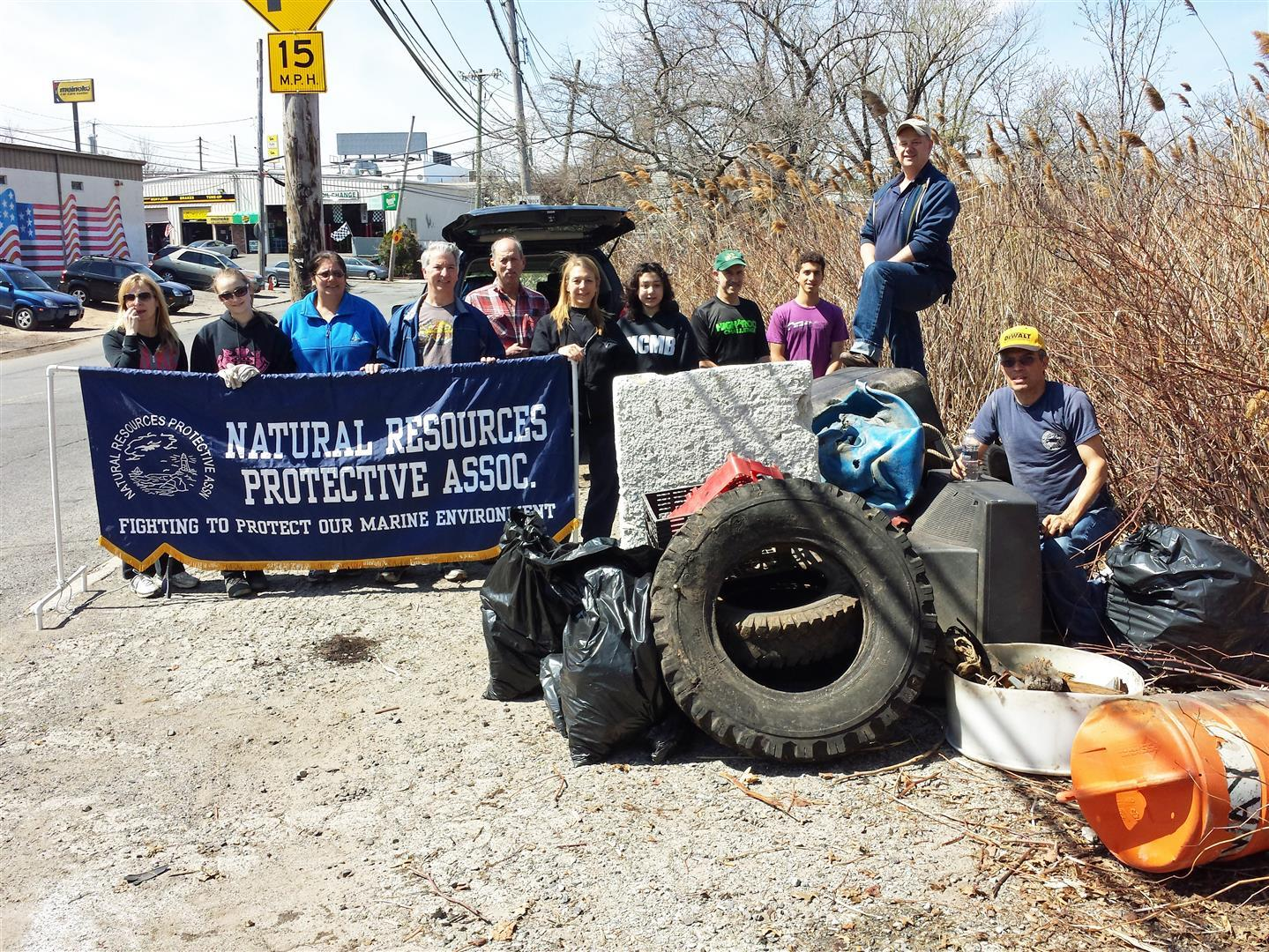 NRPA Beach cleanup 140419